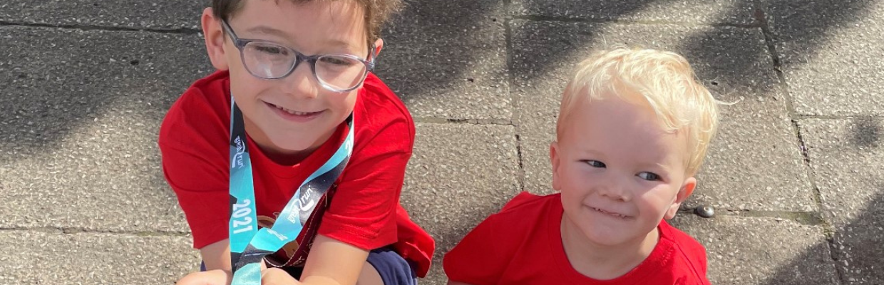 Finlay and Theo Mini GNR NEWS